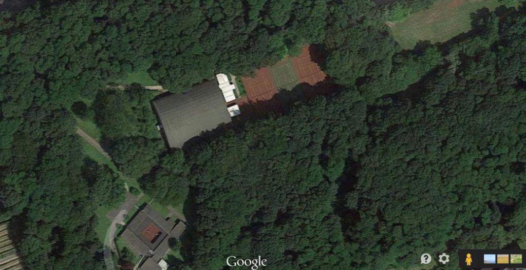 Le parc du site Reyers (Google Earth)